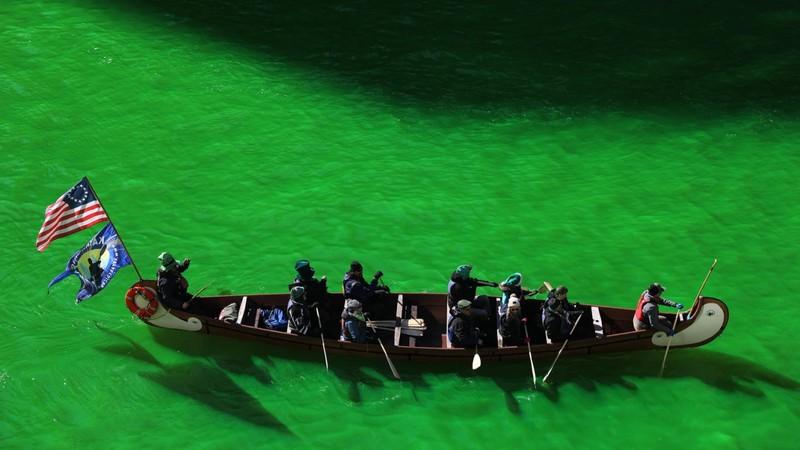 Чому у Чикаго зеленіє ріка і хто за цим стоїть?