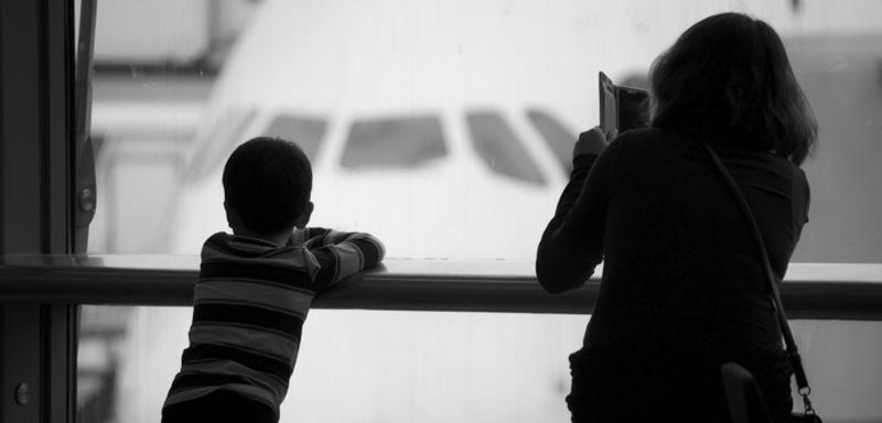 Назад до СРСР: чому заборона рейсів для заробітчан стосується всіх