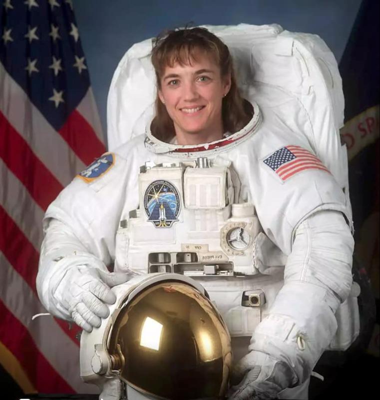 Сьогодні відзначає уродини американська астронавтка українського походження