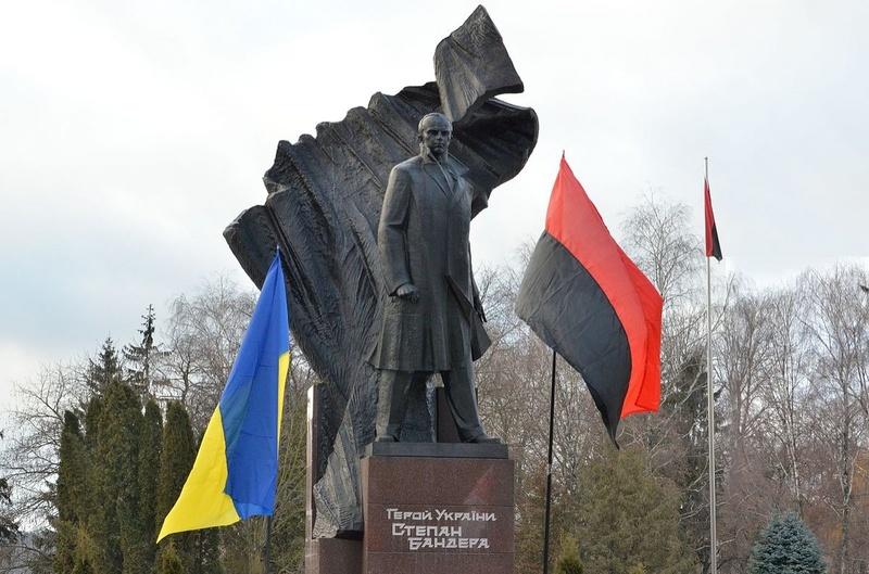 Більшість пам'ятників Бандері в Україні були поставлені за часів Януковича