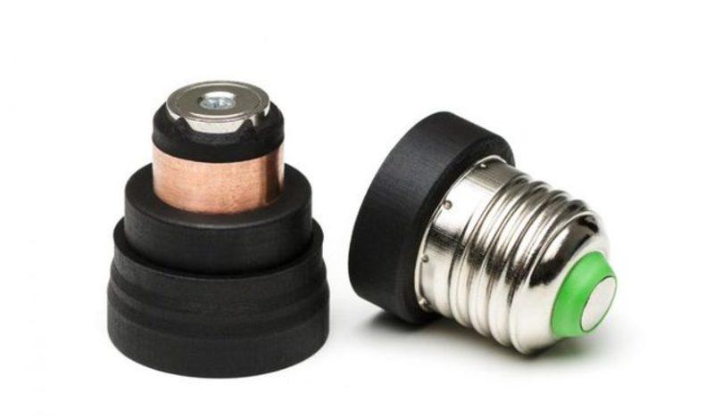 Українці вивели на Kickstarter магнітні адаптери для ламп