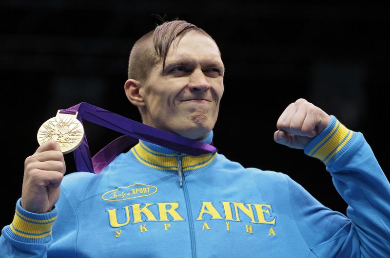 Українця назвали кращим важковаговиком світу