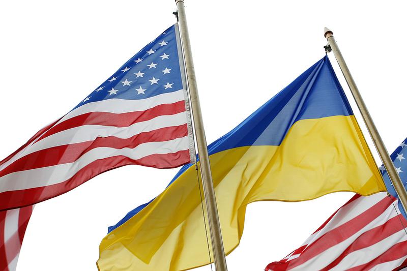 Договір про відкрите небо між Україною таСША набрав чинності