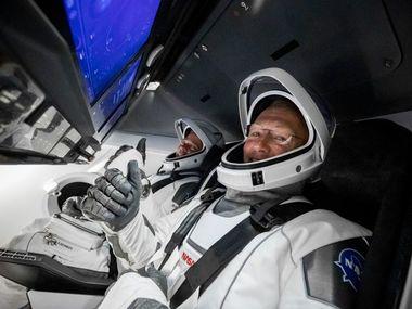 NASA і Маску таки вдалося: пілотований корабель вперше в історії вирушив у космос