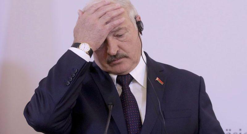 Це дурість: Лукашенко про ізоляцію під час пандемії