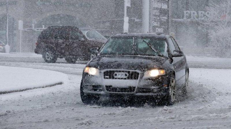 У Чикаго випав сніг: скасовано тисячі авіарейсів