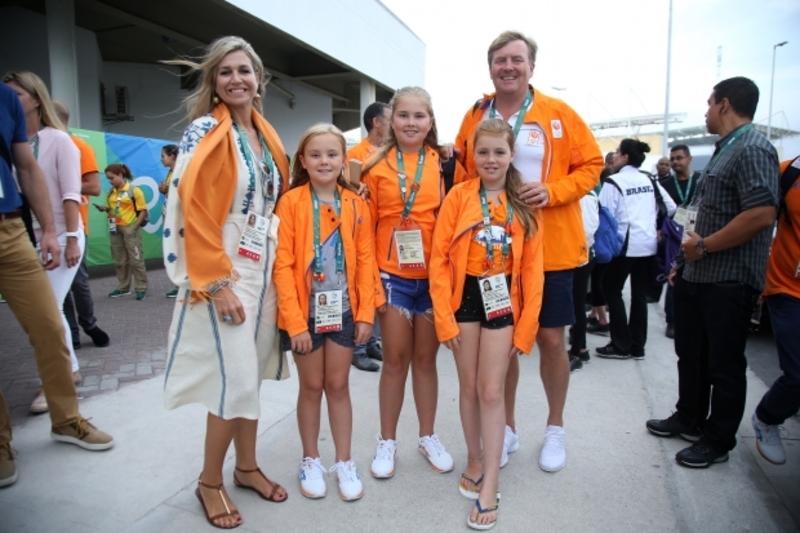 Королева Нідерландів відвідала Ріо-2016 в українській вишиванці