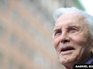 У США у віці 103 років помер актор Кірк Дуглас