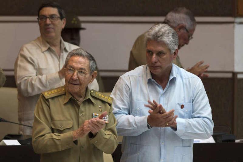 Кубинським лідером уперше з 1959 року стане не член родини Кастро