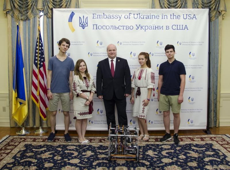 Українці ввійшли до двадцятки кращих на змаганнях у Вашингтоні
