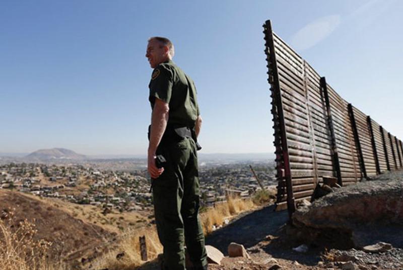 Пентагон виділить $1 млрд на будівництво стіни на кордоні з Мексикою