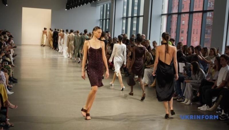 Українська дизайнерка зібрала повну залу в Нью-Йорку