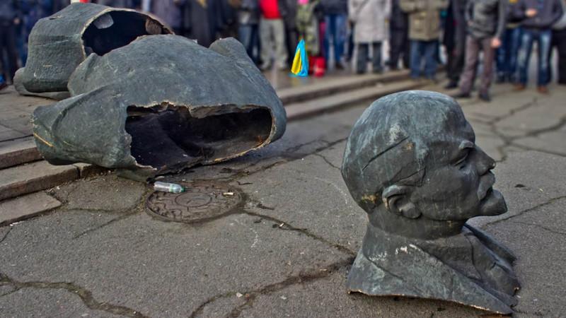 В Україні демонтували 1320 пам'ятників Леніну