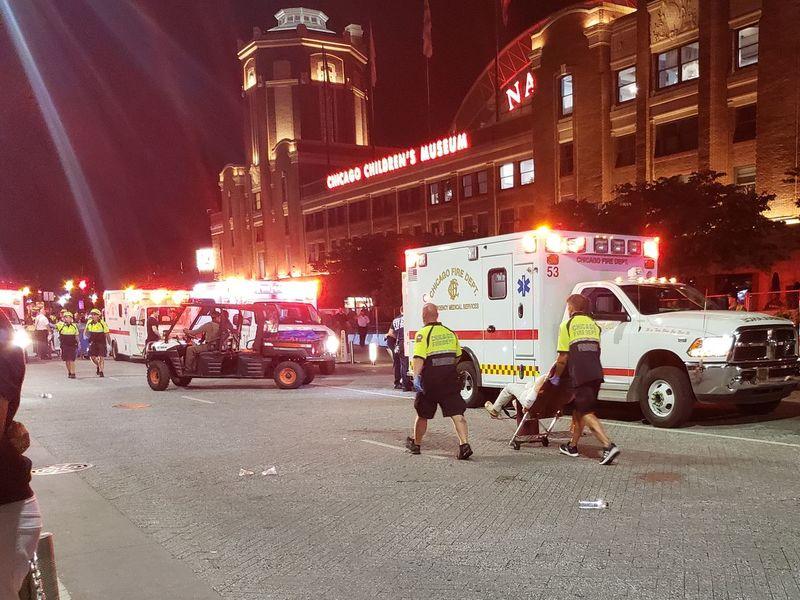 Озброєна атака на Navy Pier: троє загинули, 16 людей постраждали