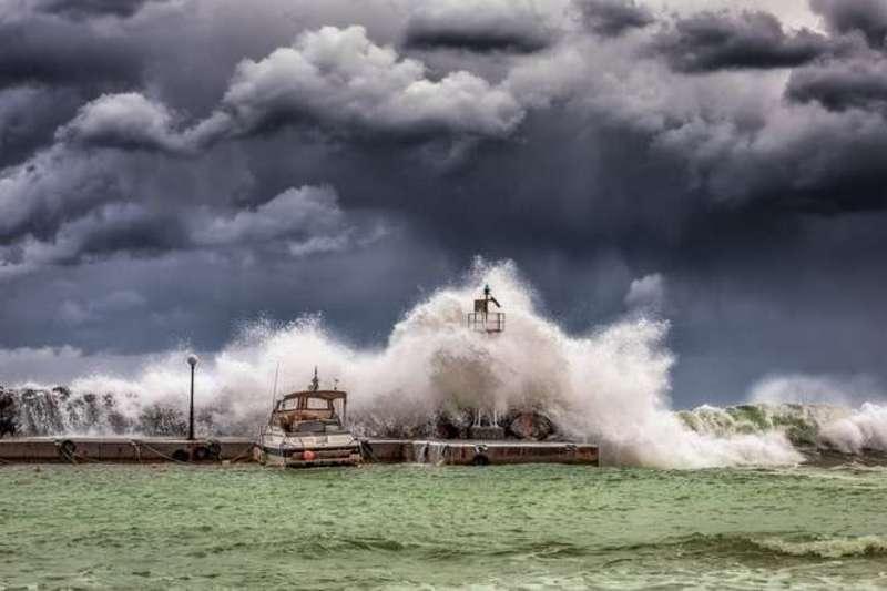 На Луїзіану насувається потужний шторм Баррі