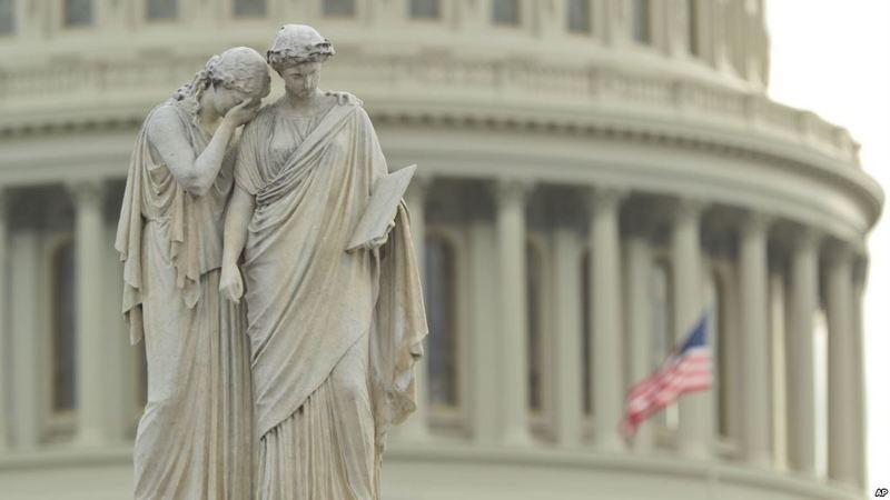 Уряд США вдруге призупиняє роботу через відсутність бюджету