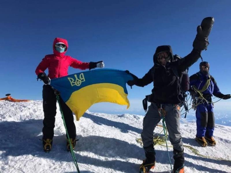 Перша українська родина підкорила найвищу гору Північної Америки