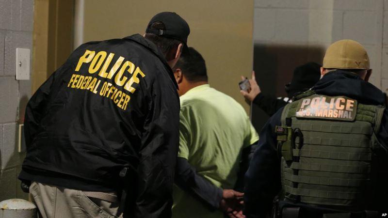 У неділю в США пройдуть рейди проти нелегальних іммігрантів