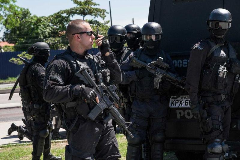 Сімдесят поліцейських взяло участь в арешті злочинця у  Чикаго
