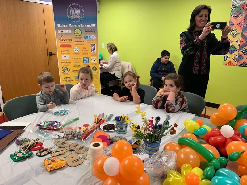 Громадська жіноча організація  UWB провела майстер-клас для дітей