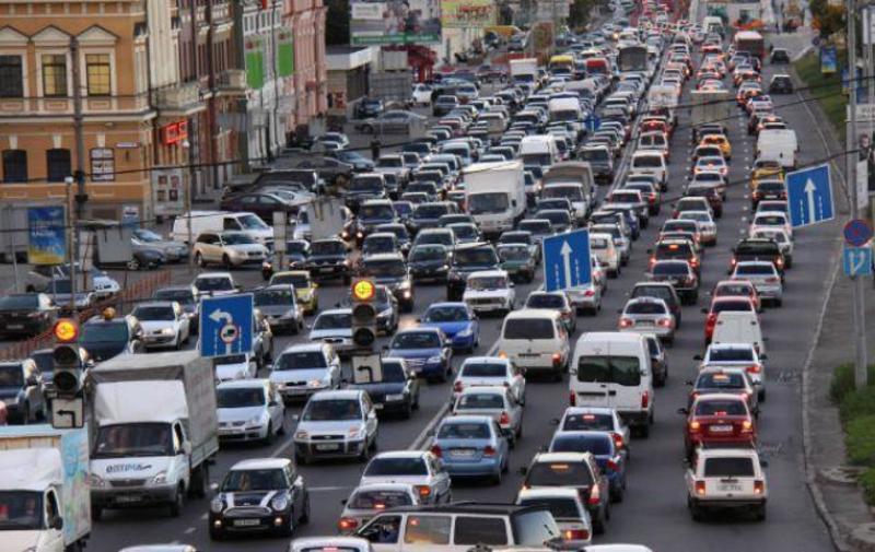 Київ потрапив до рейтингу міст із найбільшими заторами