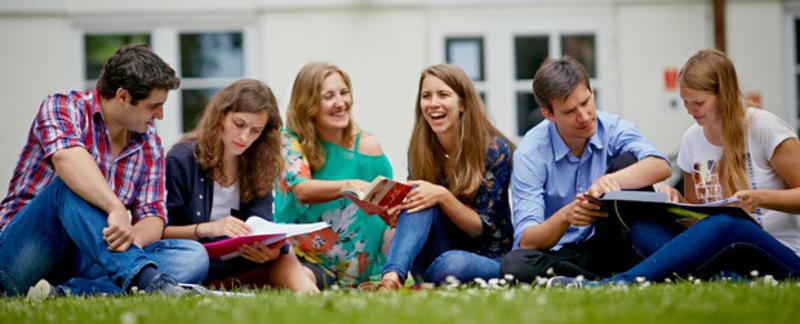 College of Europe пропонує стипендії для українців