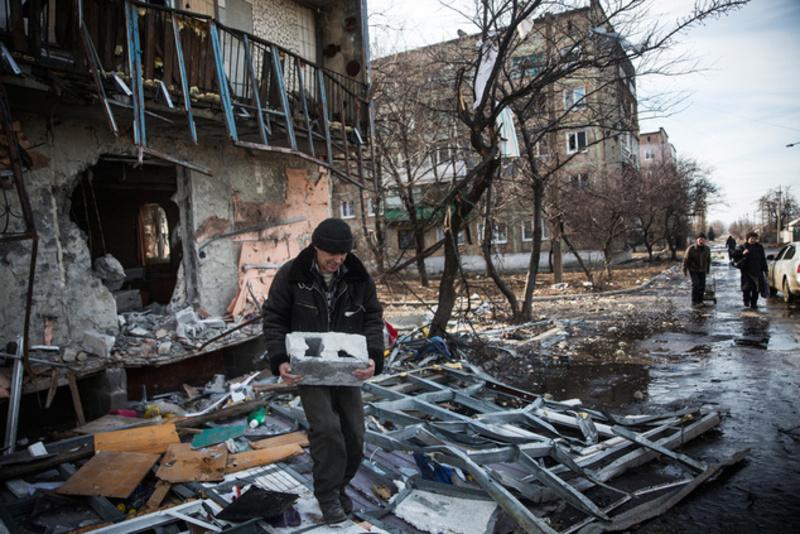 ЄС надасть Україні €50 млн на відновлення Донеччини та Луганщини