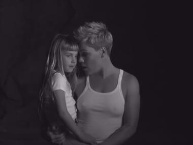 Українка зняла кліп для відомої  співачки: опубліковано відео