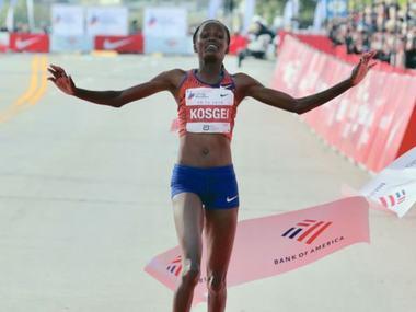На Чиказькому марафоні кенійська бігунка побила світовий рекорд