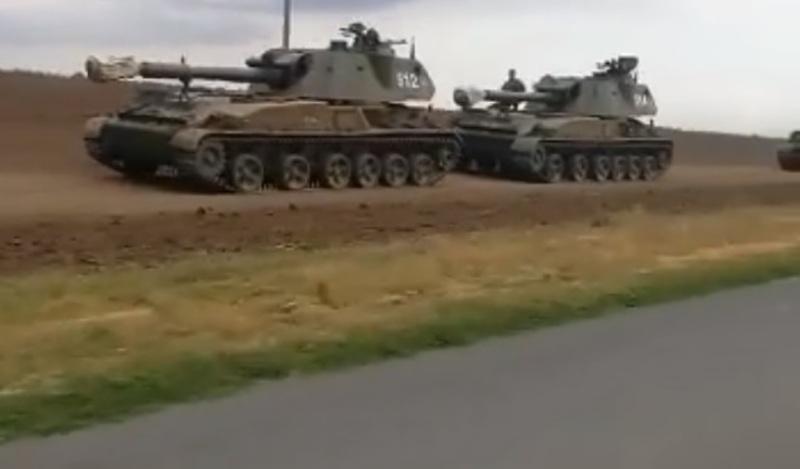 Росія стягує бронетанкові групи до кордону з Україною
