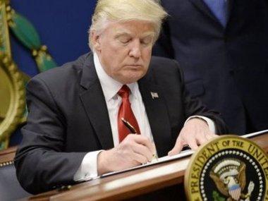 Офіційний Вашингтон відновлює всі санкції  проти Ірану