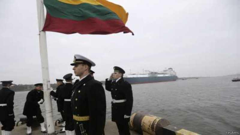 """До Литви прибула """"Незалежність"""" ... від газу Росії"""