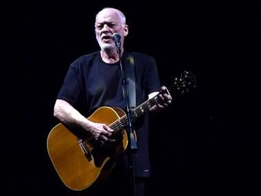 Лідер Pink Floyd продав за $21 млн свою колекцію гітар задля порятунку людства