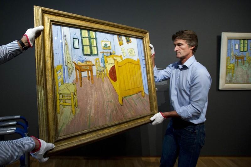 The Art Institute will display Van Gogh\'s bedroom paintings next ...