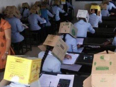 В Індії студентів змусили складати іспит з коробкою на голові