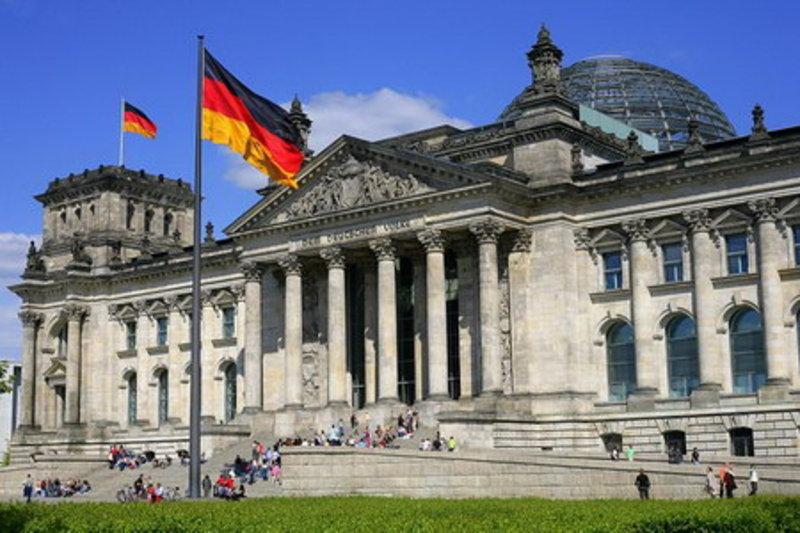 Foreign ministers gather in Berlin to seek Ukraine progress
