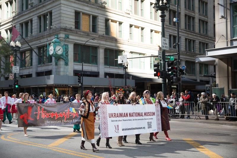 Українці вразили вишиванками на параді в Чикаго