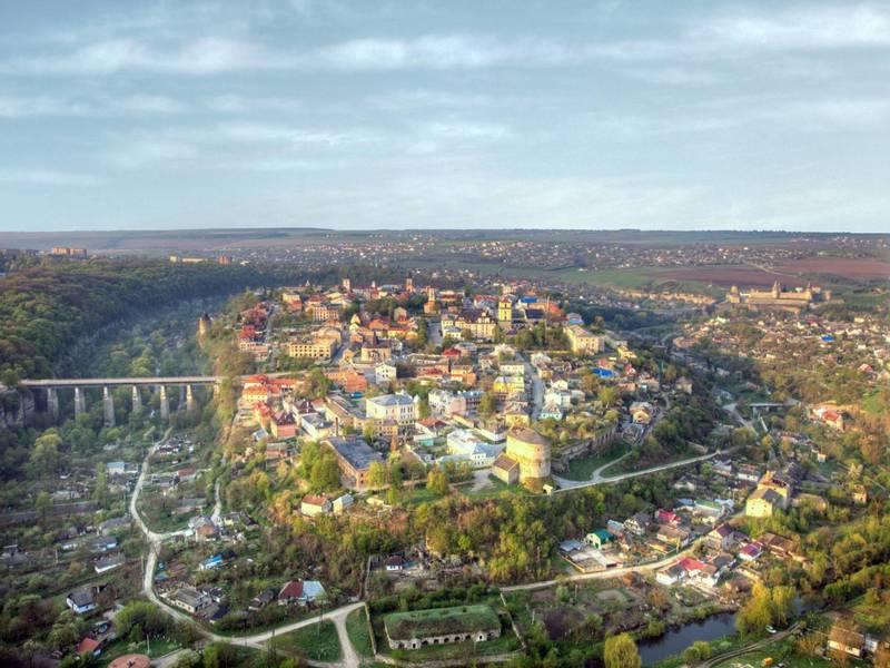 В Україні є найбільше у світі місто-фортеця