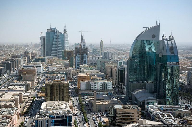 Влада Саудівської Аравії роздасть своїм громадянам $13 млрд