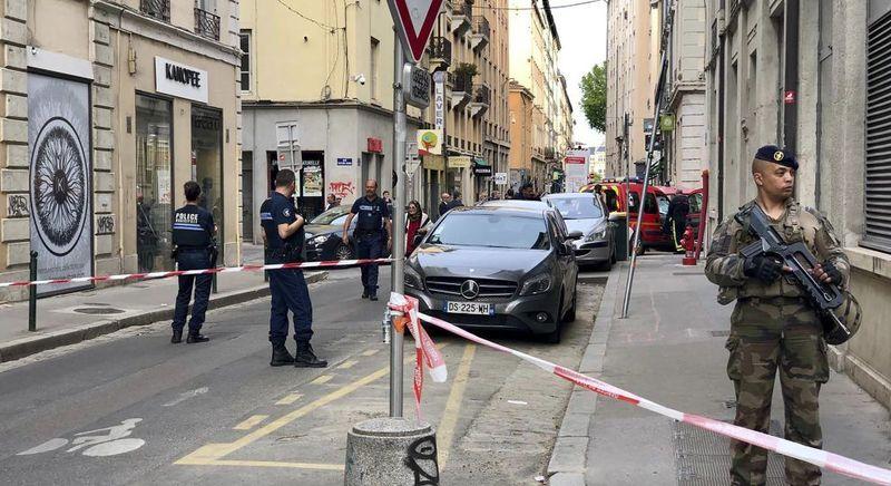 У Ліоні зросла кількість постраждалих, поліція оприлюднила фото підривника
