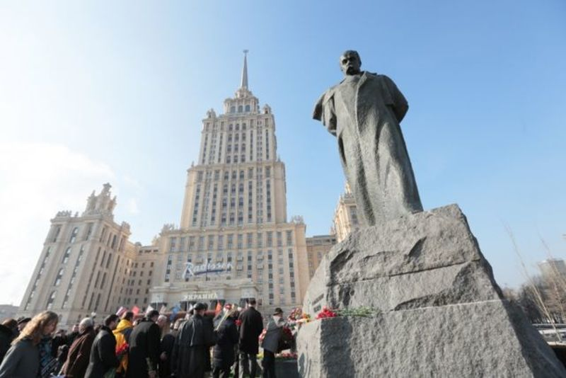 55 років тому у Москві встановлено пам'ятник Тарасові Шевченку