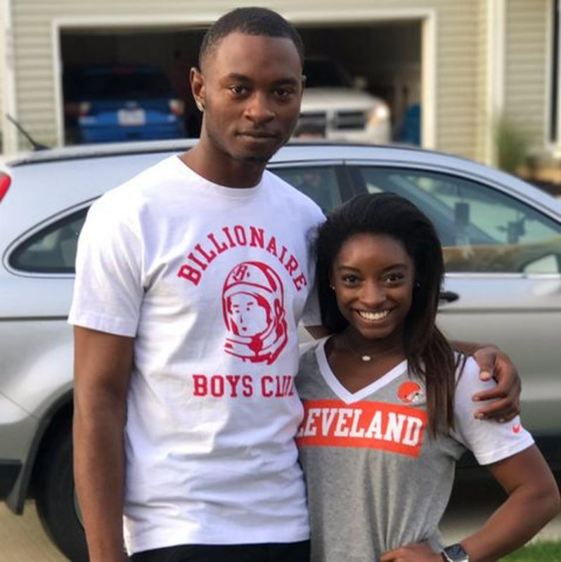 Брата відомої гімнастки США звинувачують у потрійному вбивстві в Огайо