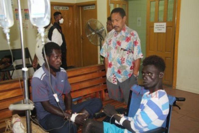 У Тихому океані врятували чотирьох людей, які місяць жили у човні без їжі