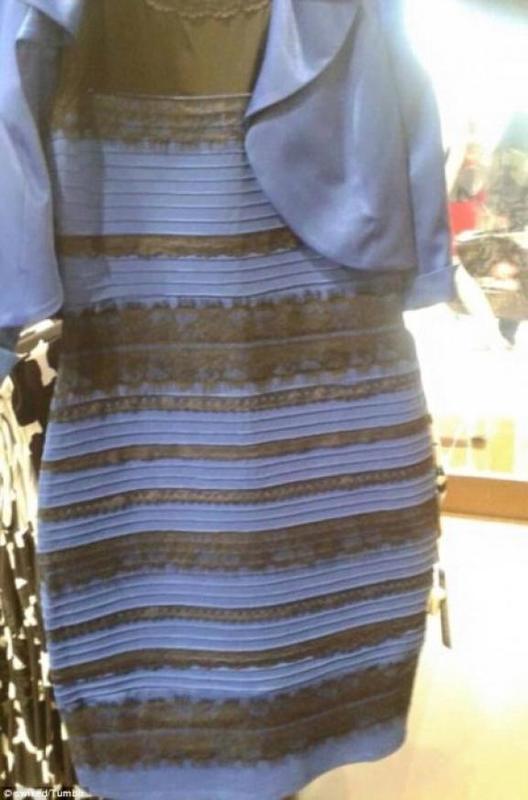 Цими днями Інтернет охопила суперечка щодо кольору сукні