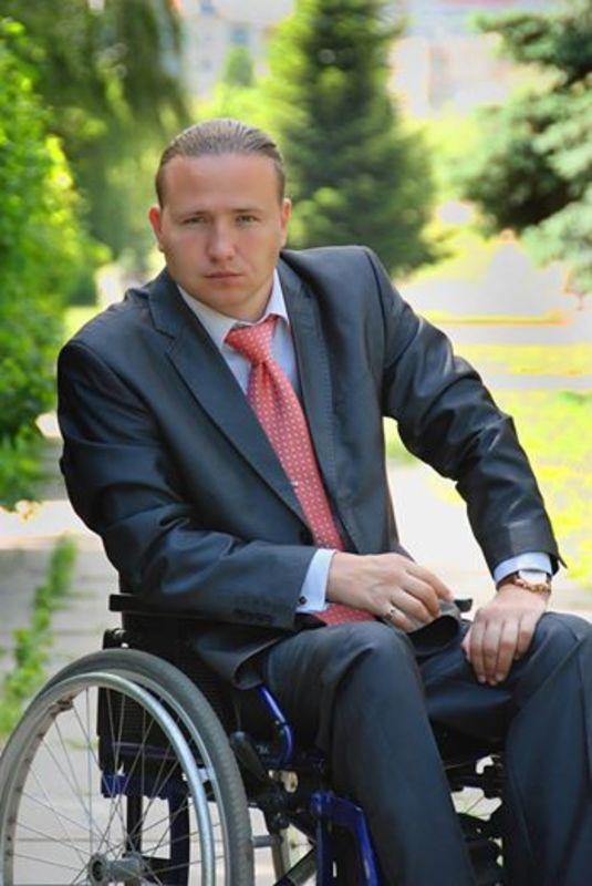 Українець на інвалідному візку готується встановити рекорд