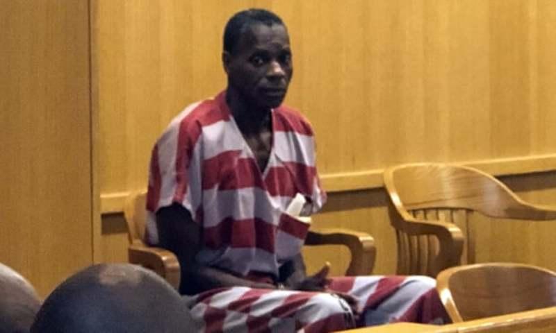 У США звільнили чоловіка, якому дали довічне за крадіжку 50 доларів