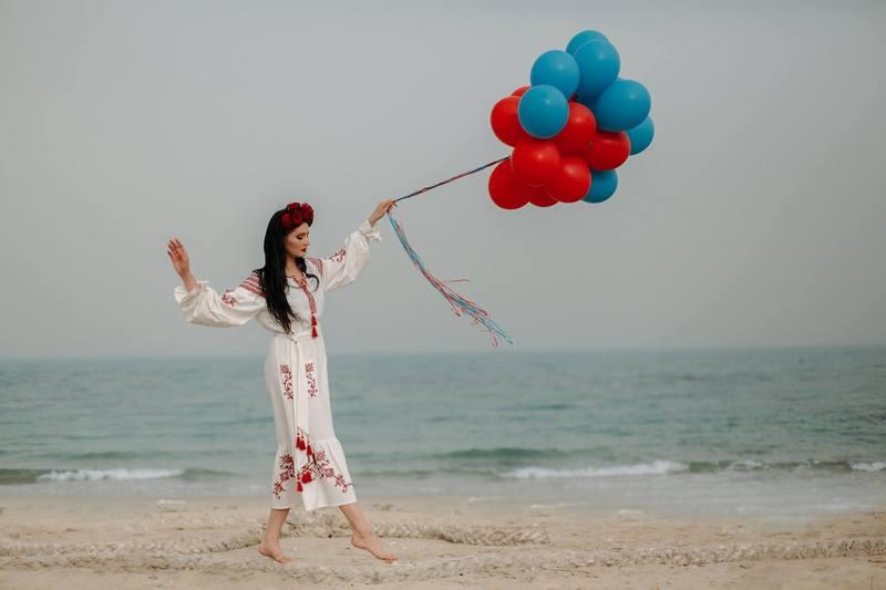 Красу українок Близького Сходу показали у фотопроекті