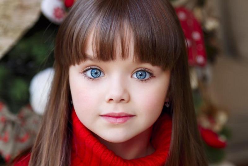 ЗМІ обрали найкрасивішу дівчинку у світі